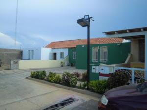 Casa En Ventaen Punto Fijo, Puerta Maraven, Venezuela, VE RAH: 18-426