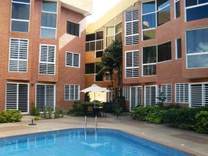 Apartamento En Ventaen Higuerote, Puerto Encantado, Venezuela, VE RAH: 18-690