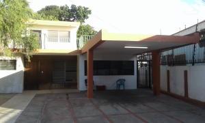 Casa En Ventaen Maracaibo, Avenida Universidad, Venezuela, VE RAH: 18-621