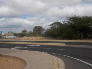 Terreno En Ventaen Punto Fijo, Punto Fijo, Venezuela, VE RAH: 18-688
