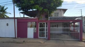 Casa En Ventaen Ciudad Ojeda, La N, Venezuela, VE RAH: 18-696