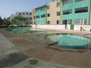 Apartamento En Ventaen Higuerote, Higuerote, Venezuela, VE RAH: 18-697