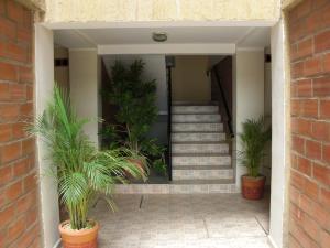 Apartamento En Ventaen Coro, Plaza Suiza, Venezuela, VE RAH: 18-719
