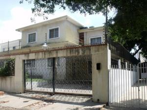 Edificio En Ventaen Maracaibo, Santa Maria, Venezuela, VE RAH: 18-883