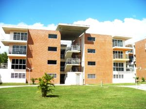 Apartamento En Ventaen Guatire, Las Bonitas, Venezuela, VE RAH: 18-882