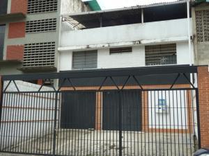 Galpon - Deposito En Ventaen Caracas, El Llanito, Venezuela, VE RAH: 18-892