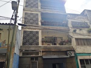 Local Comercial En Ventaen Caracas, Parroquia Altagracia, Venezuela, VE RAH: 18-969