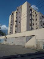 Apartamento En Ventaen Barquisimeto, Los Libertadores, Venezuela, VE RAH: 18-981