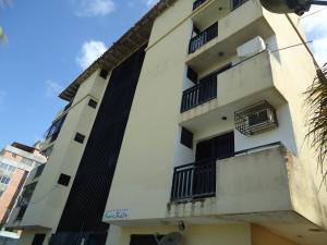 Apartamento En Ventaen Tucacas, Santa Rosa, Venezuela, VE RAH: 18-1009