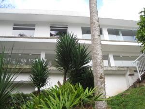 Casa En Ventaen Caracas, Alto Hatillo, Venezuela, VE RAH: 18-1015