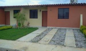 Casa En Ventaen Cabudare, Parroquia José Gregorio, Venezuela, VE RAH: 18-1025