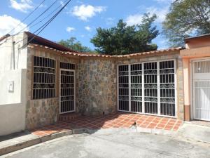 Casa En Ventaen Maracay, Villas Antillanas, Venezuela, VE RAH: 18-1061