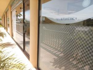 Local Comercial En Ventaen Charallave, Centro De Charallave, Venezuela, VE RAH: 18-1066