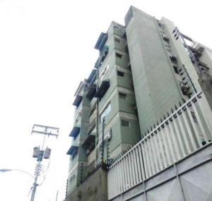 Apartamento En Ventaen Maracay, San Miguel, Venezuela, VE RAH: 18-1072