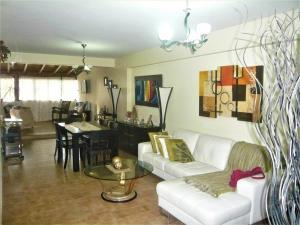 Apartamento En Ventaen Valencia, Agua Blanca, Venezuela, VE RAH: 18-1078