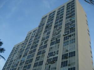Apartamento En Ventaen Parroquia Naiguata, Longa España, Venezuela, VE RAH: 18-1086