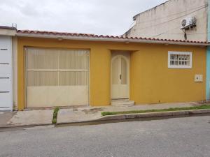 Casa En Ventaen Turmero, Los Overos, Venezuela, VE RAH: 18-1095