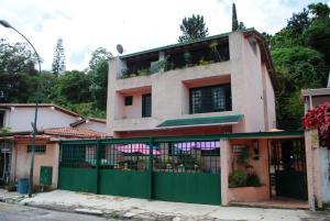 Casa En Ventaen Caracas, Los Naranjos Del Cafetal, Venezuela, VE RAH: 18-1134