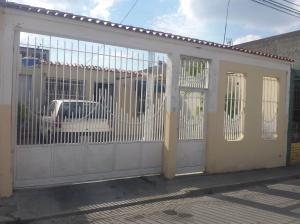 Casa En Ventaen Santa Cruz De Aragua, Los Mangos, Venezuela, VE RAH: 18-1175