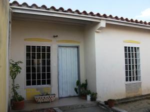 Casa En Ventaen Guacara, Ciudad Alianza, Venezuela, VE RAH: 18-1199