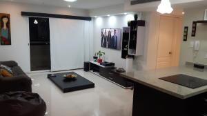 Apartamento En Ventaen Maracaibo, Avenida Milagro Norte, Venezuela, VE RAH: 18-1290