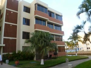 Apartamento En Alquileren Lecheria, Complejo Turistico El Morro, Venezuela, VE RAH: 18-1322