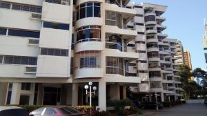 Apartamento En Ventaen Municipio Naguanagua, Maã±Ongo, Venezuela, VE RAH: 18-1332