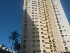Apartamento En Ventaen Maracaibo, Lago Mar Beach, Venezuela, VE RAH: 18-1363