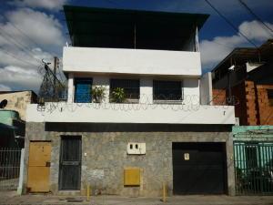 Casa En Ventaen Caracas, Parroquia Santa Rosalia, Venezuela, VE RAH: 18-1395