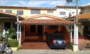 Casa En Ventaen Cabudare, Prados Del Golf, Venezuela, VE RAH: 18-1680