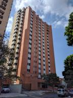 Apartamento En Ventaen Valencia, La Trigaleña, Venezuela, VE RAH: 18-1462
