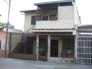 Casa En Ventaen Maracay, Caña De Azucar, Venezuela, VE RAH: 18-1500