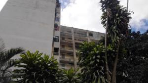 Apartamento En Ventaen Caracas, Caricuao, Venezuela, VE RAH: 18-1520