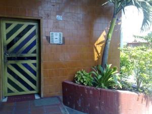Apartamento En Ventaen Ciudad Ojeda, Bermudez, Venezuela, VE RAH: 18-1533