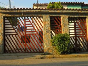 Casa En Ventaen Cua, Quebrada De Cua, Venezuela, VE RAH: 18-1563