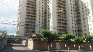 Apartamento En Ventaen Maracay, Urbanizacion El Centro, Venezuela, VE RAH: 18-1495