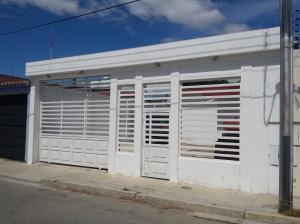 Casa En Ventaen Cagua, El Bosque, Venezuela, VE RAH: 18-1596