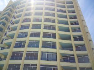 Apartamento En Ventaen Parroquia Naiguata, Camuri Grande, Venezuela, VE RAH: 18-1630