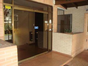Apartamento En Ventaen Maracay, La Soledad, Venezuela, VE RAH: 18-1678