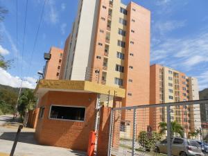 Apartamento En Ventaen Municipio Naguanagua, El Rincon, Venezuela, VE RAH: 18-1722
