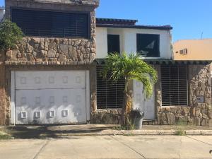 Casa En Ventaen Charallave, Vista Real, Venezuela, VE RAH: 18-1753