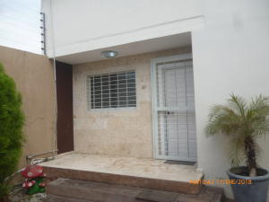 Casa En Ventaen Maracay, Fundacion Mendoza, Venezuela, VE RAH: 18-1840