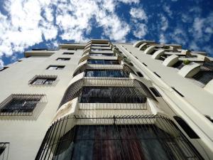 Apartamento En Ventaen Valencia, Prebo I, Venezuela, VE RAH: 18-1863