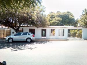 Casa En Ventaen Maracaibo, Cantaclaro, Venezuela, VE RAH: 18-1950