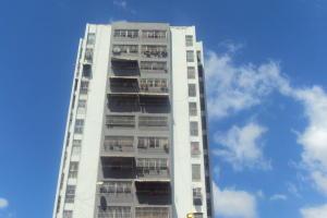 Apartamento En Ventaen Caracas, San Martin, Venezuela, VE RAH: 18-2038