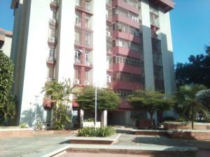 Apartamento En Ventaen Maracaibo, Avenida Delicias Norte, Venezuela, VE RAH: 18-2054