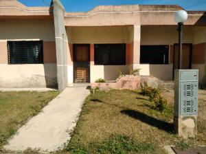Casa En Ventaen Valencia, Flor Amarillo, Venezuela, VE RAH: 18-2076