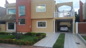 Casa En Alquileren El Tigre, Sector Avenida Jesus Subero, Venezuela, VE RAH: 18-2574