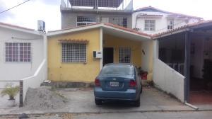 Casa En Ventaen Cabudare, Prados Del Golf, Venezuela, VE RAH: 18-2094