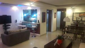 Apartamento En Ventaen Maracaibo, Tierra Negra, Venezuela, VE RAH: 18-2181